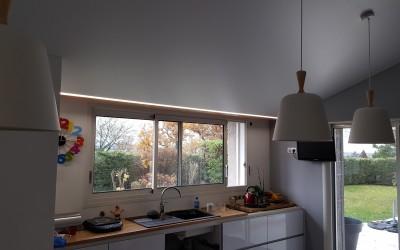 plafond tendu blanc mat avec ruban led (1)