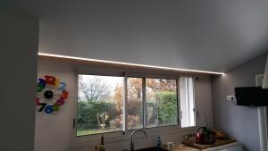 plafond tendu blanc mat avec ruban led (3)